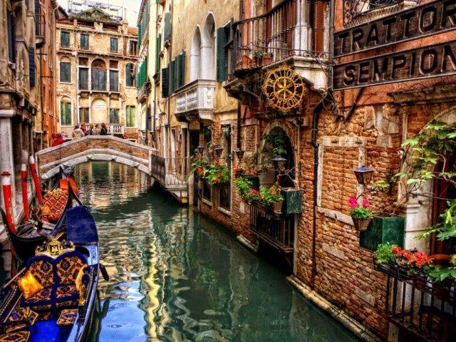 Venecia - Vista de un Canal