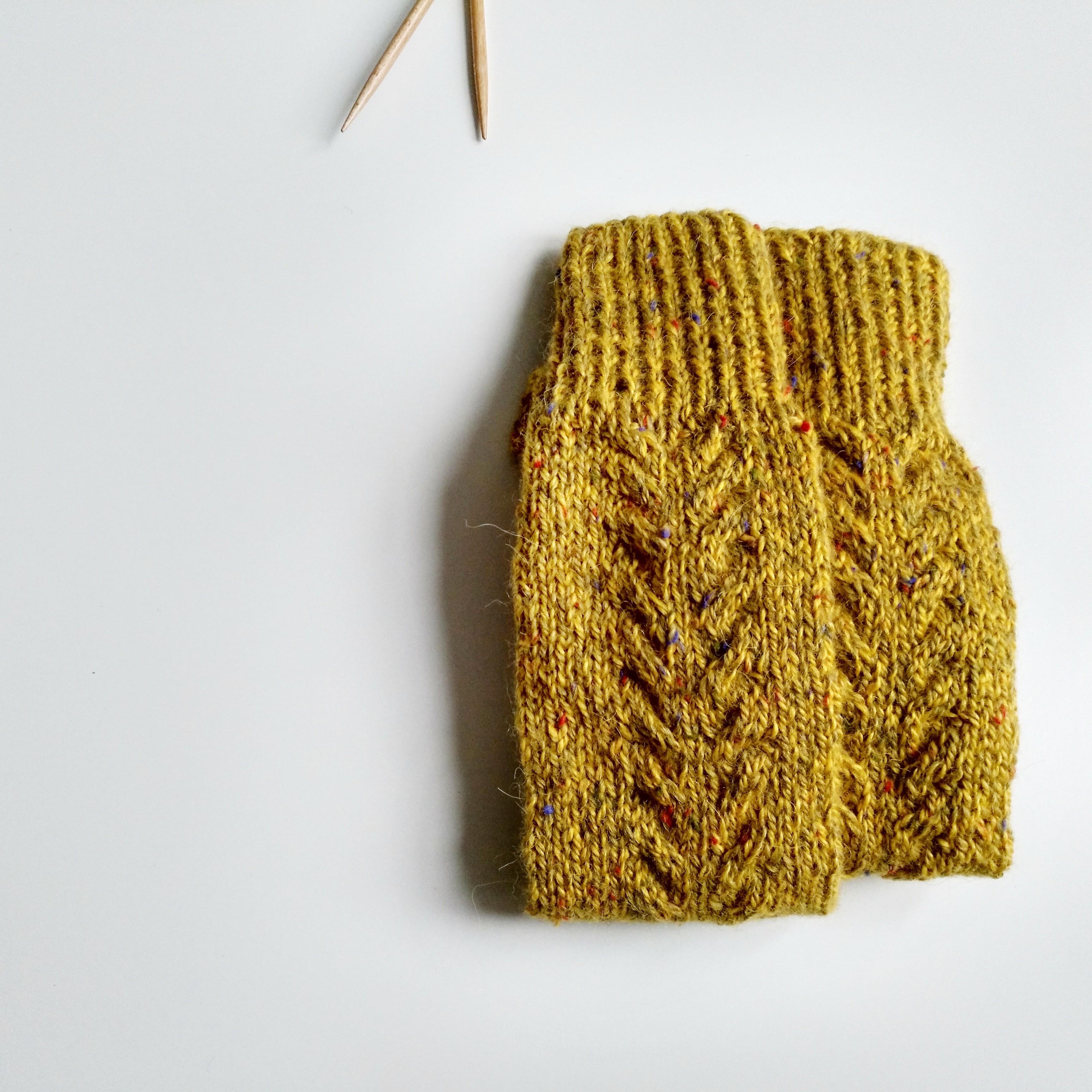 Calcetines Autumn Goals tejiedos a mano con lana randonnees